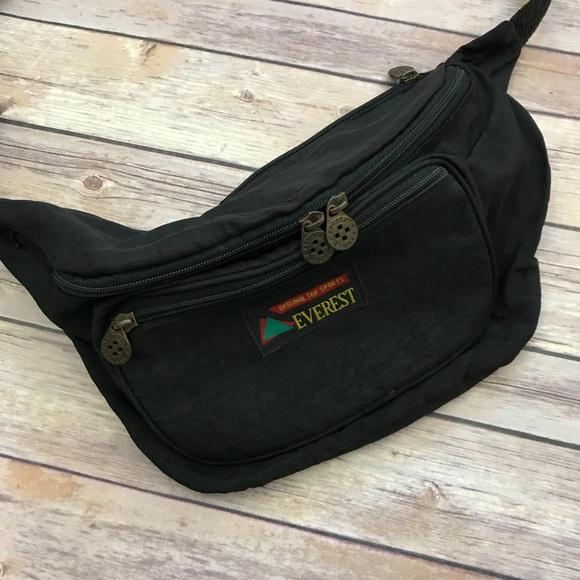 df1df20ae6 everest Handbags - Everest Vintage Fanny Pack Bum Bag Waist Black A5